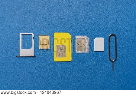 The Three Various Sim Cards - Nano, Micro, Mini And Normal Sim, 5g Or 4g Wireless Technology