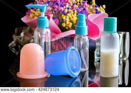Set For Anti-cellulite Massage Of Silicone Cans And Creams