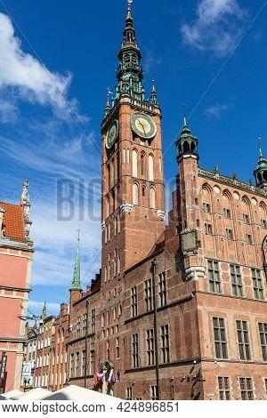 Gdansk, Poland - Sept 6, 2020: Old Town Hall In Gdansk. Pomerania, Poland