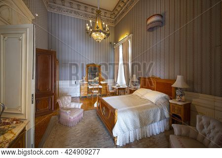 Mexico City - Jan. 17, 2020: Bedroom In Chapultepec Castle On Chapultepec Hill In Mexico City Cdmx,