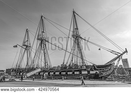 Boston, Usa - September 12, 2017: Famous Uss Constitution, Boston, Usa In The Harbor. Every Year At