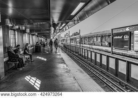 Boston, Usa - September 13, 2017: People Wait For The Underground In Boston, Usa. The Metro Massachu
