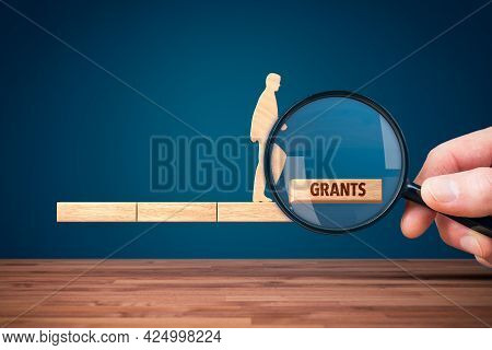 Business Focus On Grants. Eu Grants Helps To Growth And Improve Business. Business Model Based On Gr