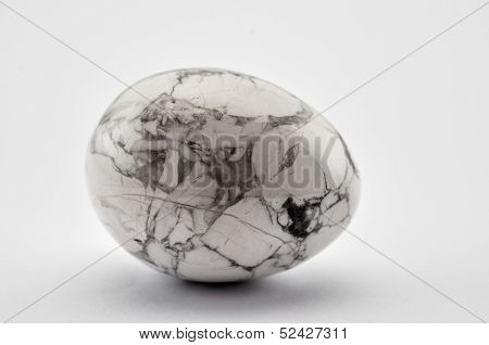Howlite gem stone egg