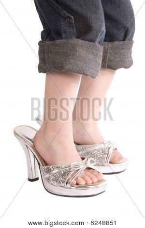큰 신발에 아이 피트