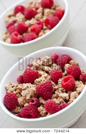 Breakfast Cereal With Fresh Raspberries