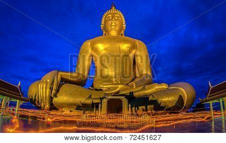 Candlelight Makha Bucha Day At Wat Muang