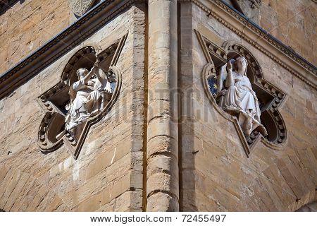 Sculptures Architectural Detail Of Loggia De Lanzi