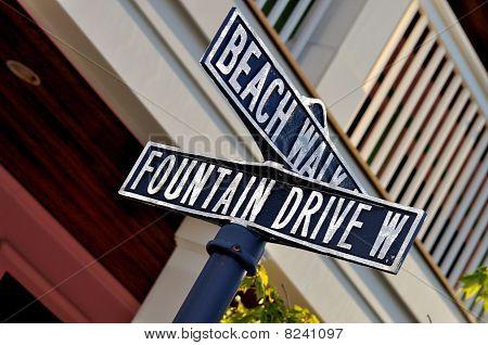 Beach street sign