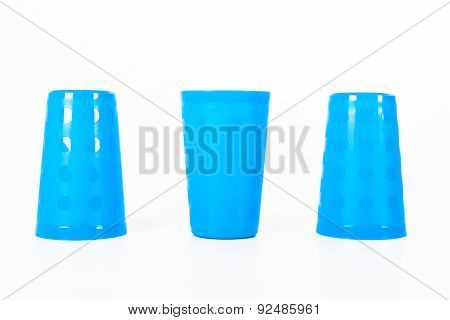Thimblerig With Three Glasses