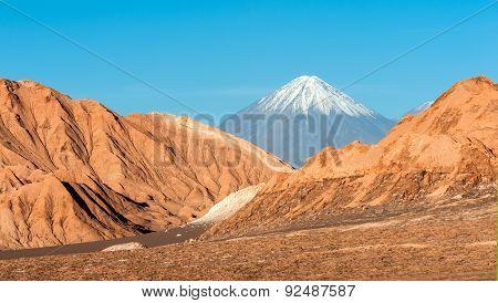 Volcanoes Licancabur And Juriques, Cordillera De La Sal, Atacama Desert, Chile