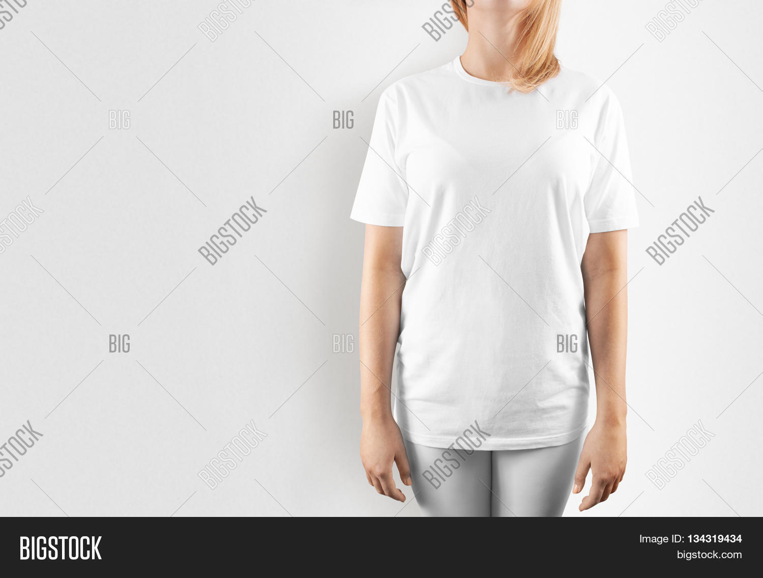 Blank White T-shirt Image & Photo (Free Trial) | Bigstock