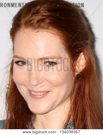 LOS ANGELES - JUN 11:  Darby Stanchfield at the Give Back Day to Celebrate National Park Service Centennial at the Franklin Canyon Park on June 11, 2016 in Beverly Hills, CA