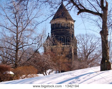 Garfield Monument In Winter