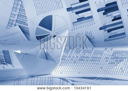 Unser Geschäftskonzept, Papier Boot und Dokumente