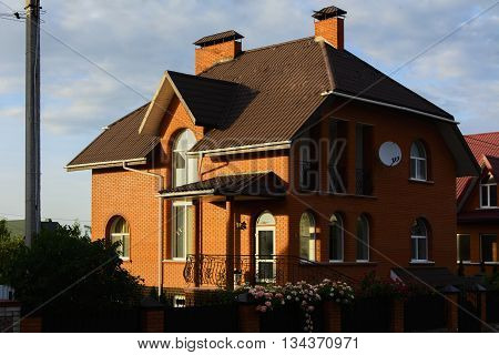 Detached house in the cottage outside the city