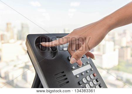 IP Phone - Hang up the phone call