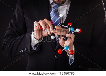 Building A Tnt Molecular Structure