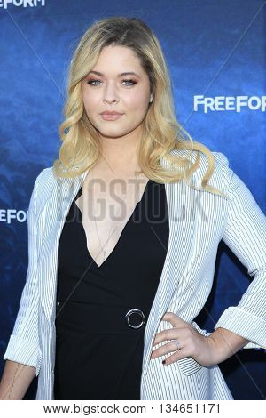 LOS ANGELES - JUN 15:  Sasha Pieterse at the Pretty Little Liars Seaon 7 Premiere and Dead of Summer Premeire at the Hollywood Forever Cemetary on June 15, 2016 in Los Angeles, CA