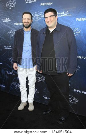 LOS ANGELES - JUN 15:  Edward Kitsis, Adam Horowitz at the Pretty Little Liars Seaon 7 Premiere and Dead of Summer Premeire at the Hollywood Forever Cemetary on June 15, 2016 in Los Angeles, CA