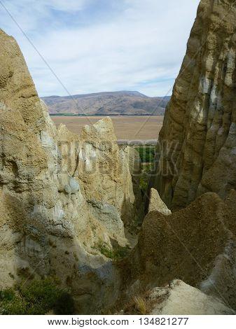 The natural Clay Cliffs formation near Omarama 3