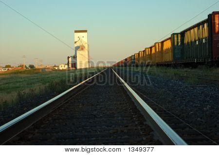 Praire Elevator 4 And Tracks