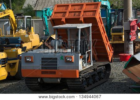 Construction truck and other heavy duty equipment