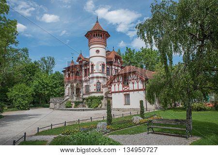 Spa Garden Herrsching With Beautiful Castle