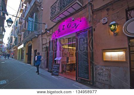 Sazon Restaurant