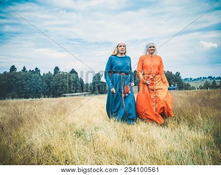 Ritter Weg, Russia, Morozovo, April 2017: Reconstruction Roleplay Festival. Women In Medieval Long D