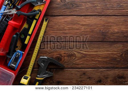 Tool Box Set Containing A Hammer, Pliers, Screwdriver, Removable Screwdriver Heads And Other Equipme