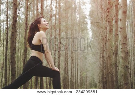 Asian Women Fitness Woman Runner Stretching Legs,happy Enjoying Freedom Active Healthy Lifestyle Str