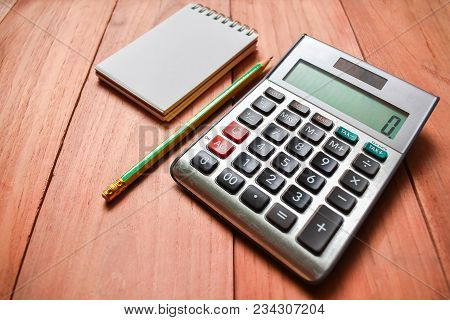 Calculator; Note; Notepad; Notebook; Wood; School; Writing; Desk; Paper; Pen; Design; Top View;  Bus