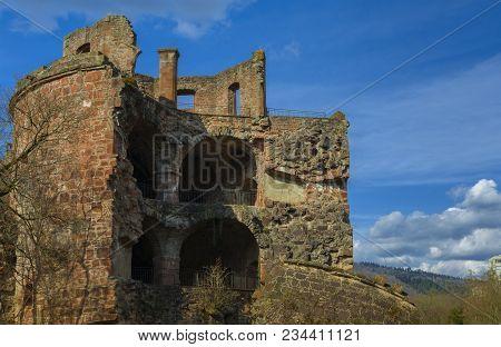 Beautiful View Of The Heidelberg Castlet On The River Side Of Neckar On March 31, 2018 In Heidelberg
