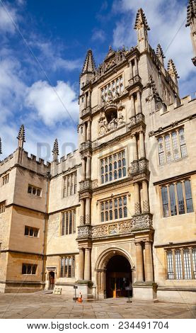 OXFORD, UK - JUN 15, 2013: The Tower of the Five Orders of the Bodleian Library of the University of Oxford, one of the oldest libraries in Europe