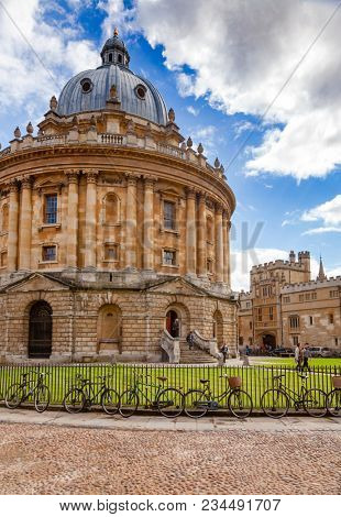 OXFORD, UK - JUN 15, 2013: Neo-classical  Radcliffe Camera (Rad Cam or The Camera) of the Oxford University