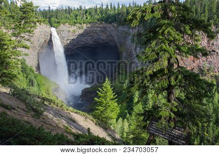 Helmcken Falls In Wells Gray Provincial Park Near Clearwater, British Columbia, Canada Helmcken Fall