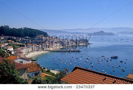 Granxa and the Ria de Pontevedra