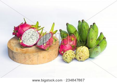 Dragon Fruit On White Background Select Focus, Dragon Fruit Isolated, Healthy Fruit, Dragon Fruit An