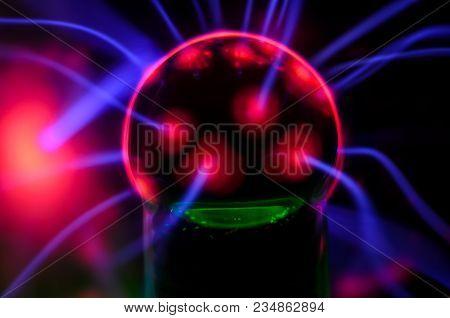 Plasma Static Electricity On A Tesla Sphere