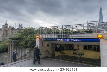 London, Uk - Nov 22, 2017: Tower Hill Station On The London Underground With The Tower Of London And