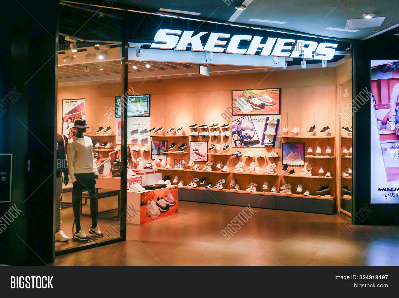 Skechers Store Image \u0026 Photo (Free