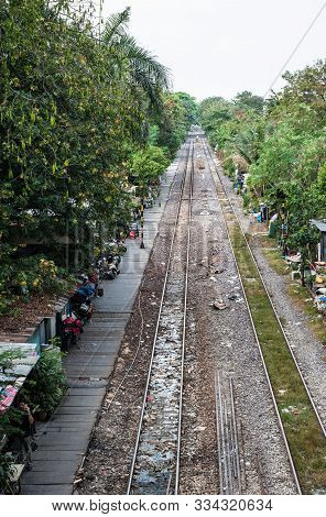People Living Near Tails On The Street In City Of Bangkok.  Real Life Near Railways. Poor People Lif