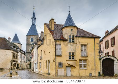 Square With Historical Houses In Avallon Downtown, France