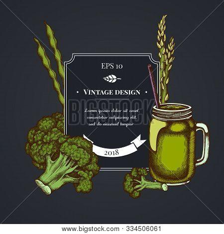 Dark Badge Design With Broccoli, Green Beans, Smothie Jars Stock Illustration