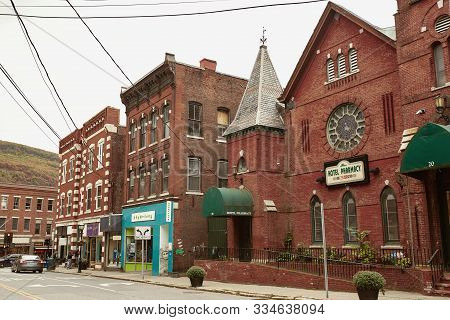 Brattleboro, Vermont - October 2nd, 2019:  Commercial Stores And Restaurants In The New England Town