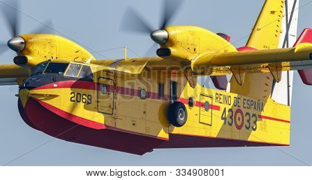 Torre Del Mar, Malaga, Spain-jul 27: Seaplane Canadair Cl-215  Taking Part In A Exhibition On The 3r