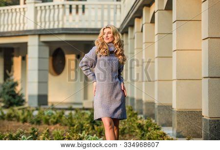 Free Style Comfortable. Woman Wear Sweater. Elongated Sweatshirt Tunic Dress. Enjoy Softness. Blonde