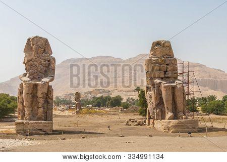 Two Massive Stone Statues Colossi Of Memnon Thebes, Luxor, Egypt
