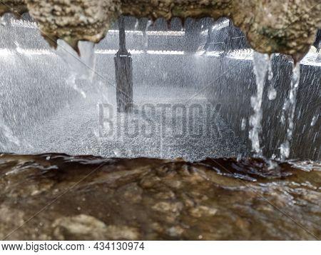 Artificial Waterfall, Water Recycling Pool, Artificial Rain